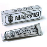 marvis-whitening-mint-toothpaste-30